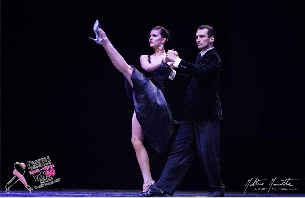 Stage e Show di Andrea Vighi y Chiara Benati al Bosco Baronio - Andrea Vighi y Chiara Benati Vincitori 6° Preliminar Italia de Tango Buenos Aires Mundial de Baile 2017 Tango Escenario